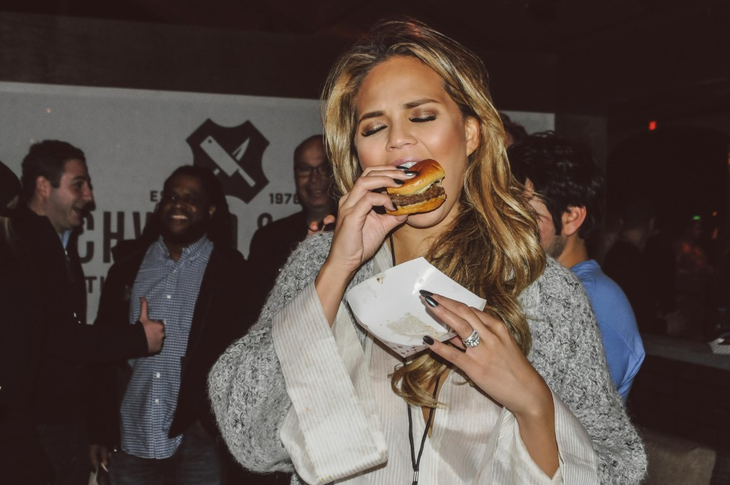 SOBEWFF-Burger-Bash-2015-Schweid-and-Sons-Very-Best-Burger-Judges-50