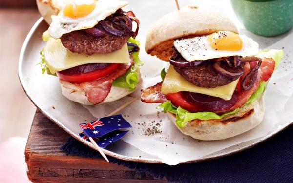 mini-aussie-burgers-with-the-lot