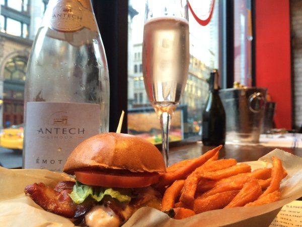 Schweid-and-Sons-Bubbly-NY-Burger-Co-2015-NY-Burger-Week-2421