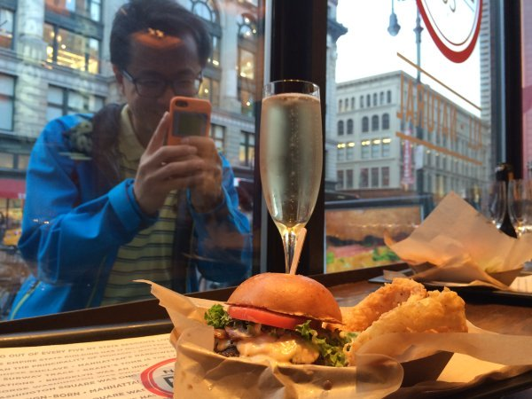 Schweid-and-Sons-Bubbly-NY-Burger-Co-2015-NY-Burger-Week-2457