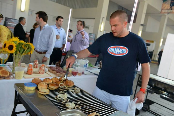 Mike-OConnell-Boston-Battle-of-the-Burger-2014-Home-Griller-Winner3