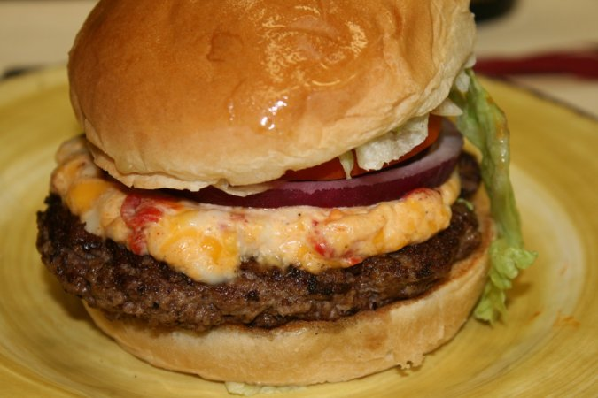 French Fryz Pimento Cheeseburger