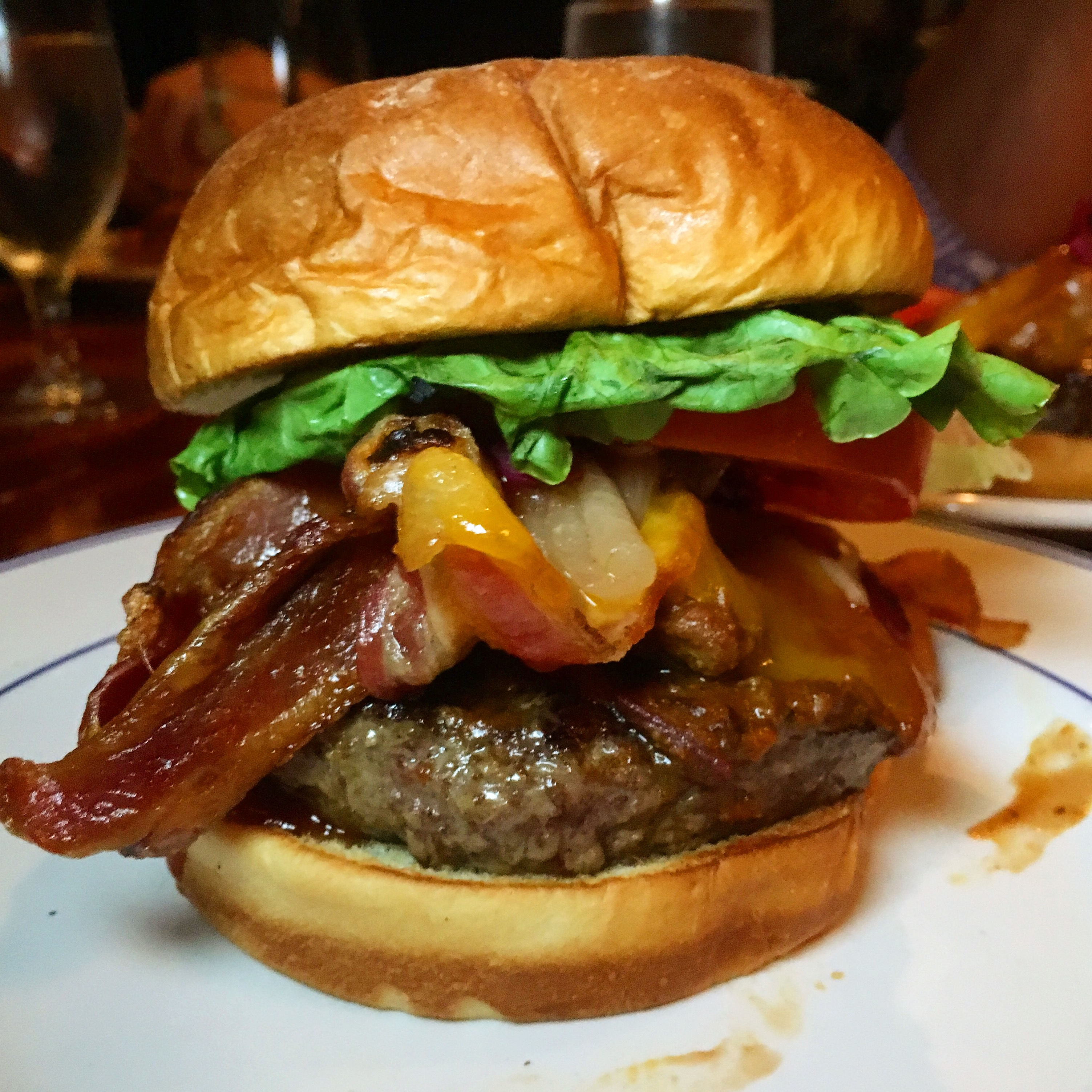 How To Make A Bacon Chili Burger — Recipe – Schweid & Sons ...